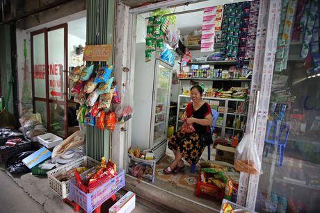 Bloomberg: Samsung giup nong dan Viet Nam kiem duoc nhieu tien hon nhan vien ngan hang - Anh 2