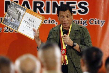 Nguoi dan Philippines hai long voi ong Duterte - Anh 1