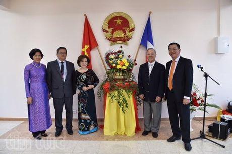 Viet Nam mo Lanh su quan danh du tai New Caledonia - Anh 1