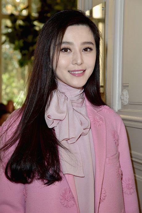 Pham Bang Bang sac lanh doi dau Truong Thien Ai o show Louis Vuitton - Anh 8