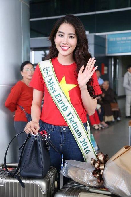 Nam Em dien ao co do sao vang len duong tham du Hoa hau Trai Dat - Anh 4