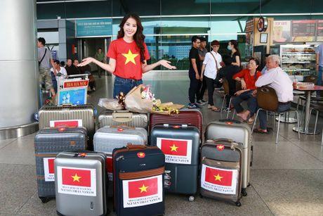 Nam Em dien ao co do sao vang len duong tham du Hoa hau Trai Dat - Anh 6