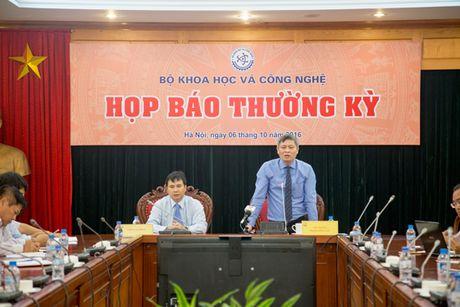 Bo KH&CN tich cuc lam ro nguyen nhan ca chet o ho Tay - Anh 1
