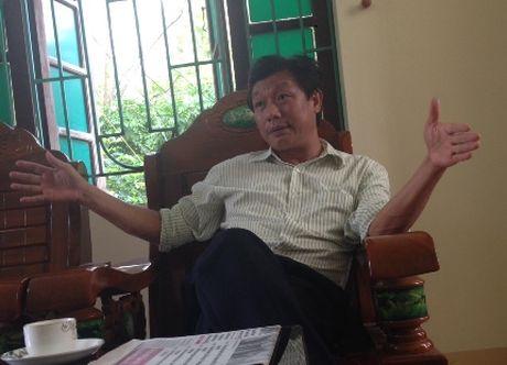 Thanh Hoa: Chu tich UBND phuong Dong Son noi gi khi dong cua di lien hoan - Anh 1