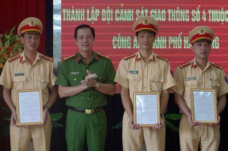 Hai Phong thanh lap Doi CSGT phu trach tuyen cang - Anh 1