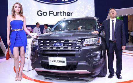 Ford Explorer 2017 sieu dang cap vua ra mat co gi dac biet? - Anh 2