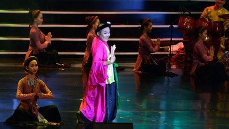 Xuan Hinh choc khan gia cuoi 'can hoi' trong liveshow 10 ti - Anh 6