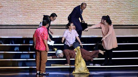 Xuan Hinh choc khan gia cuoi 'can hoi' trong liveshow 10 ti - Anh 11