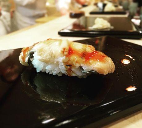 Quan sushi huyen thoai duoc Beckham ca tung het loi - Anh 10