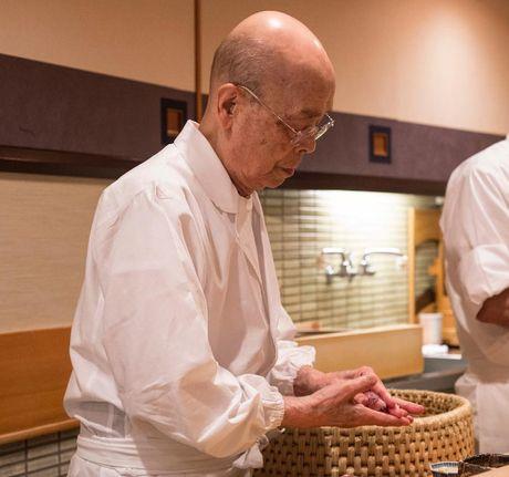 Quan sushi huyen thoai duoc Beckham ca tung het loi - Anh 4
