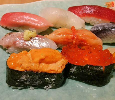 Quan sushi huyen thoai duoc Beckham ca tung het loi - Anh 6