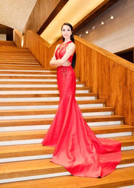 Me man voi ve dep rang ngoi cua MC Thanh Mai - Anh 6