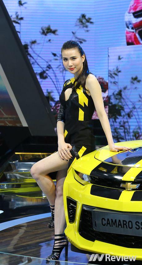 "Mau ""Tay"" tran ngap trien lam Vietnam Motor Show 2016 - Anh 14"