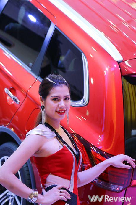 "Mau ""Tay"" tran ngap trien lam Vietnam Motor Show 2016 - Anh 29"