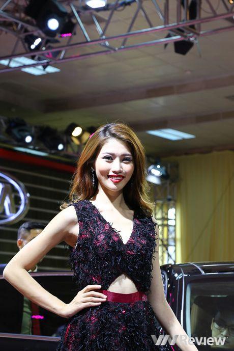 "Mau ""Tay"" tran ngap trien lam Vietnam Motor Show 2016 - Anh 31"