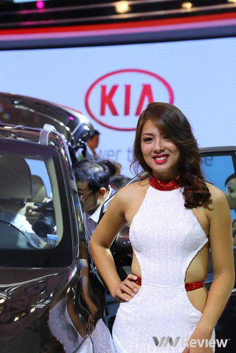 "Mau ""Tay"" tran ngap trien lam Vietnam Motor Show 2016 - Anh 33"