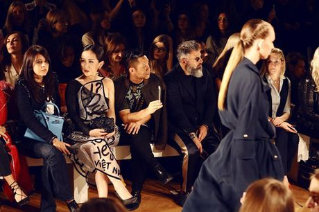 Fashionista Tram Nguyen duoc san don tai tuan le thoi trang Paris - Anh 11
