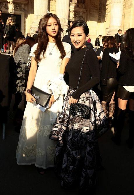 Fashionista Tram Nguyen duoc san don tai tuan le thoi trang Paris - Anh 2
