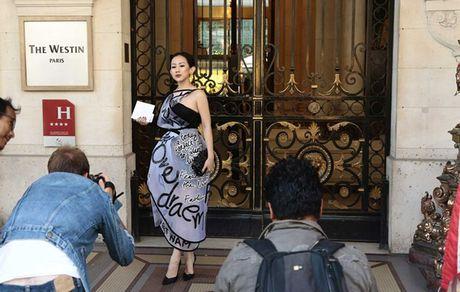 Fashionista Tram Nguyen duoc san don tai tuan le thoi trang Paris - Anh 9