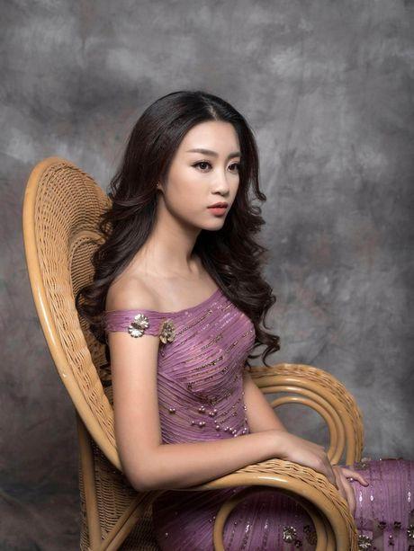 Hoa hau Do My Linh cuon hut voi hinh anh yeu kieu - Anh 4