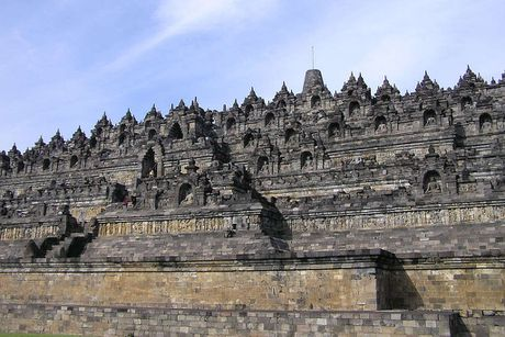 Kham pha Borobudur ky quan Phat giao lon nhat the gioi - Anh 12