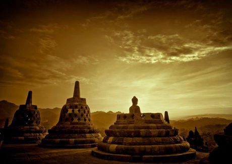 Kham pha Borobudur ky quan Phat giao lon nhat the gioi - Anh 15