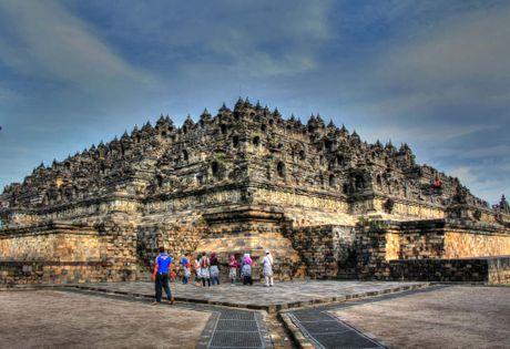 Kham pha Borobudur ky quan Phat giao lon nhat the gioi - Anh 20