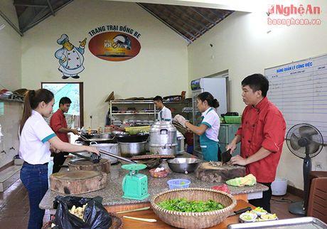 Ve Dong Be thuong thuc dac san nui rung - Anh 11