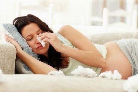 10 trieu chung thuong gap khi mang thai khien me bau chi muon giau mat di vi xau ho - Anh 1