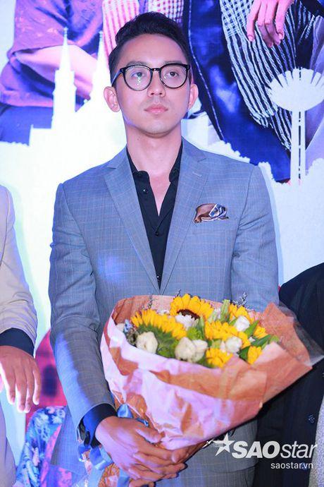 Vang Truong Giang, Nha Phuong lai than mat ben 'trai dep' La Quoc Hung - Anh 2