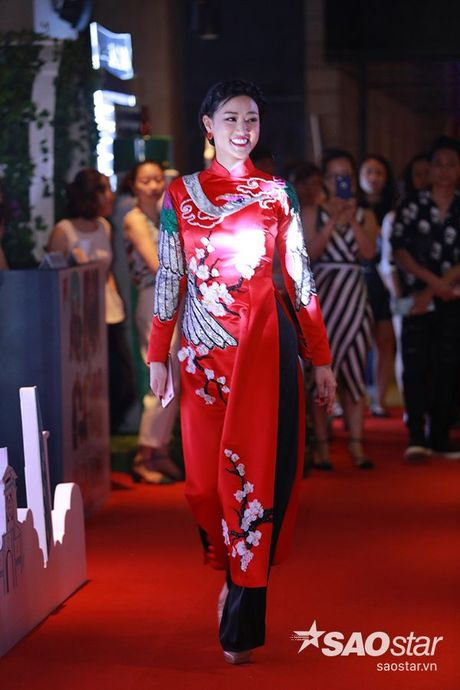 Vang Truong Giang, Nha Phuong lai than mat ben 'trai dep' La Quoc Hung - Anh 9