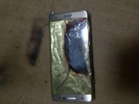 Samsung Galaxy Note 7 boc chay, may bay My so tan - Anh 2
