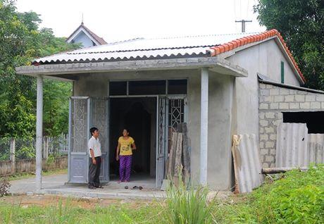 Long An: Nguoi dan xa Long Huu Dong sap co nha tranh tru an toan - Anh 1