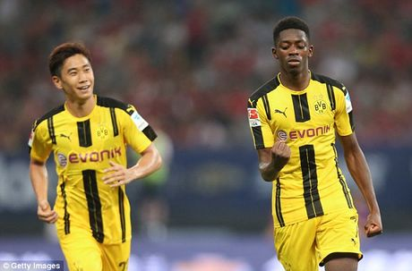 Bayern mat sao tre cho Dortmund vi ly do hai huoc - Anh 1