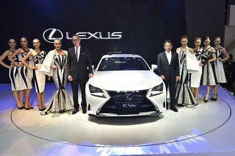 Khong gian cam xuc va 4 mau xe dang cap cua Lexus - Anh 4