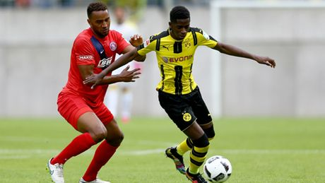 TIET LO: Bayern vuot mat Dembele vao tay Dortmund vi sai lam ngo ngan - Anh 1