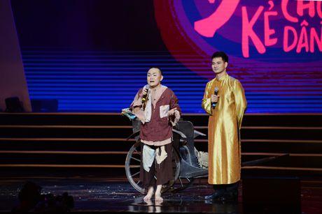 Xuan Hinh 'choc' khan gia cuoi nghieng nga trong liveshow de doi - Anh 8