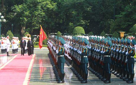 Chu tich nuoc chu tri Le don Tong thong Iran tham Viet Nam - Anh 1