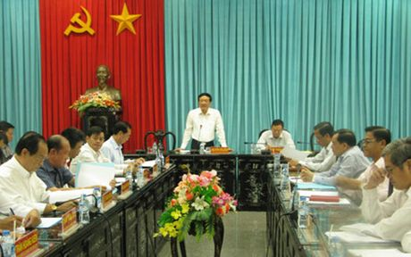 Ban Chi dao Trung uong ve phong chong tham nhung lam viec voi Ben Tre - Anh 1