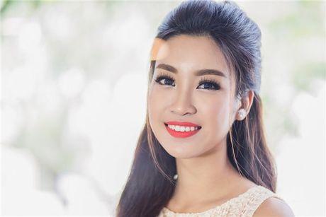 Hoa hau Do My Linh: 'Khong phai dai gia nao cung xau' - Anh 3