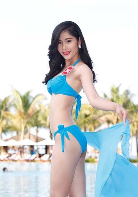 'Bong mat' ngam hoa khoi Nam Em trong nhung bo bikini sexy - Anh 5