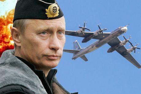 Putin bat ngo dieu may bay nem bom chien luoc den gan bien gioi My - Anh 1