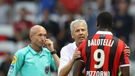 Mario Balotelli doat giai Cau thu chau Au xuat sac nhat thang 9 - Anh 2