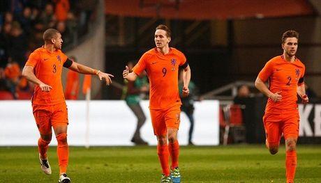 01h45 ngay 08/10, Ha Lan vs Belarus: Khang dinh suc manh Da cam - Anh 1