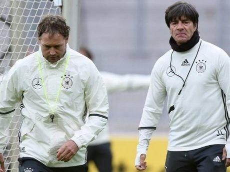 Tuyen Duc: Khi Joachim Low phai ganh vac ca van de cua Bayern - Anh 2