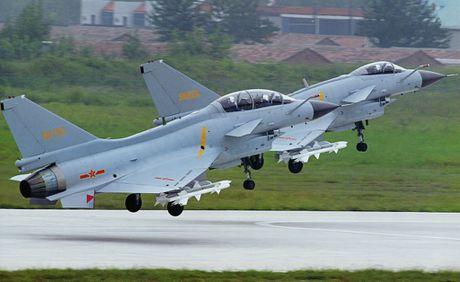 Bi an phien ban tiem kich J-10C cua Trung Quoc - Anh 8