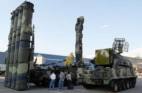 Lo dien doi tuong ten lua S-300V4 Nga o Syria 'ngam ban' - Anh 5