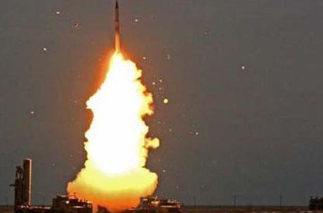 Lo dien doi tuong ten lua S-300V4 Nga o Syria 'ngam ban' - Anh 6