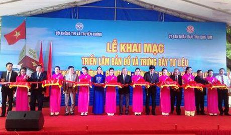Khai mac trien lam Hoang Sa va Truong Sa tai Kon Tum - Anh 2