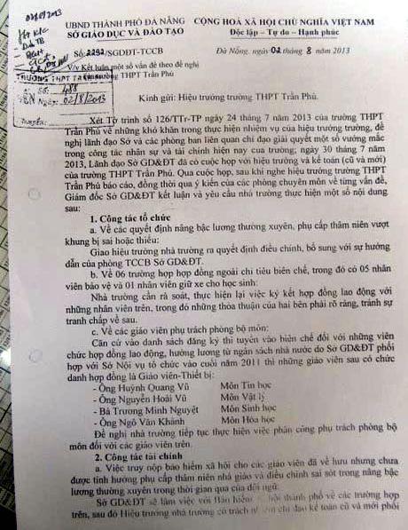 Xung quanh viec hang loat nguoi lao dong Truong THPT Tran Phu (Da Nang) bi dong thieu tien BHXH: Can lam ro trach nhiem thuoc ve ai? - Anh 2